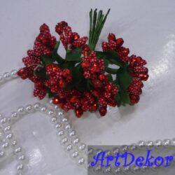 Тычинка в красном цвете с глитерним блеском