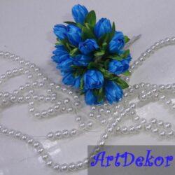 Букет тюльпанов, в пучке 10 цветков, высота цветка — 2 см. диаметр 1 см. длина проволки (белая)- 7 см. Цена указана за один пучок.
