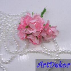 Цвет яблони с бусиной розовый