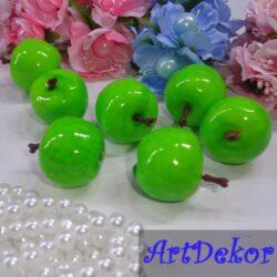 Материал для топиариев в форме яблока (красный, желтый, зеленый). Цена указанна за одну шт.