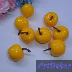 Яблоко декоративное желтое